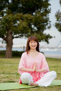 横浜元町・女性のためのヨガスタジオマヒナマインスタジオ主宰・松本智子ご挨拶写真